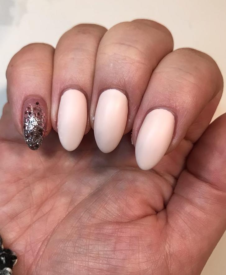 40 Unique Matte Nail Ideas to Makeup Your Short Or Long Nails