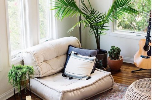 120+ Cozy DIY Living Room & Bedroom Home Decor With Green Houseplants On A Budget