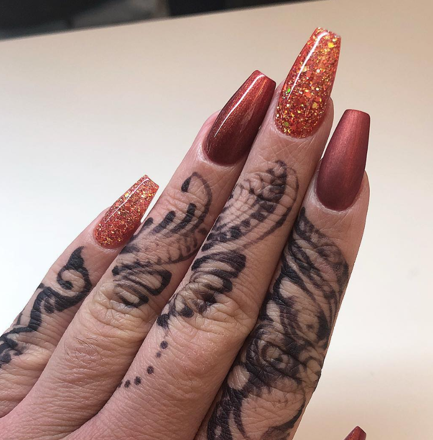 30 Chic Burgundy Nails You'll Fall in Love With