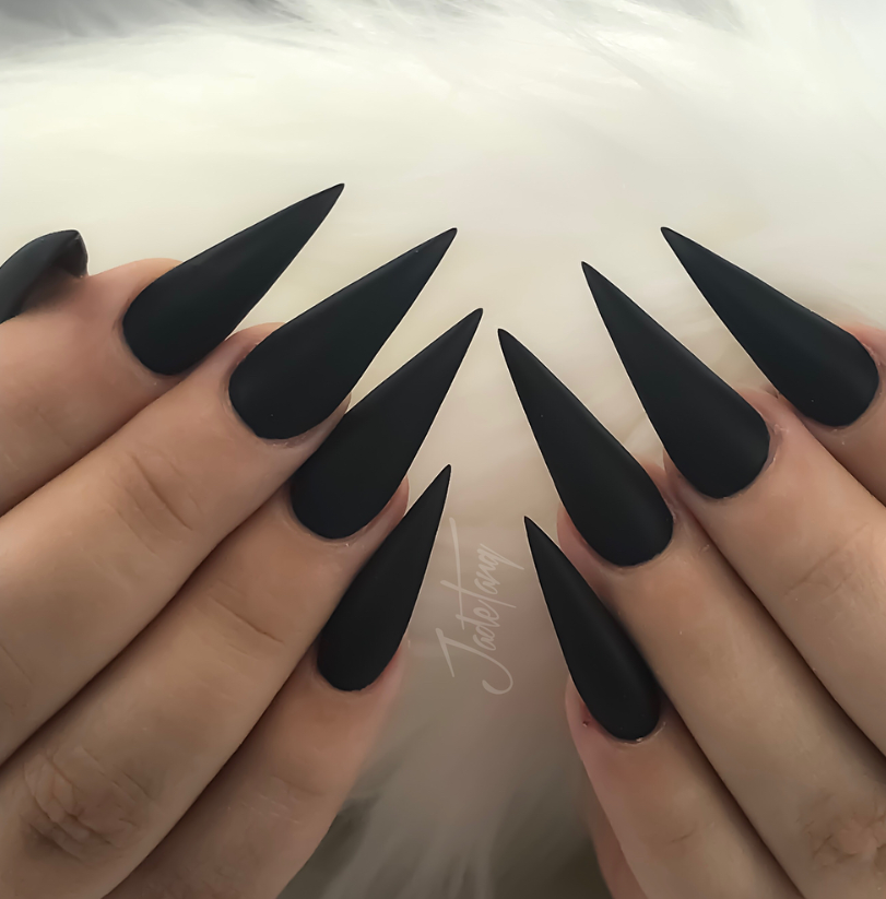 80+ Matte Black Coffin \u0026 Almond Nails Design Ideas To Try
