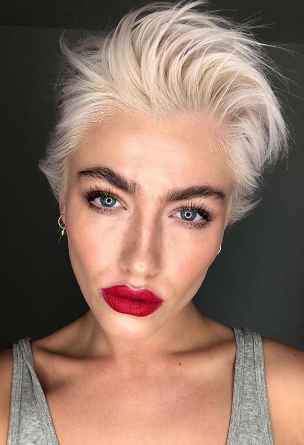 30 Best Short Pixie Haircut Design For Stylish Woman