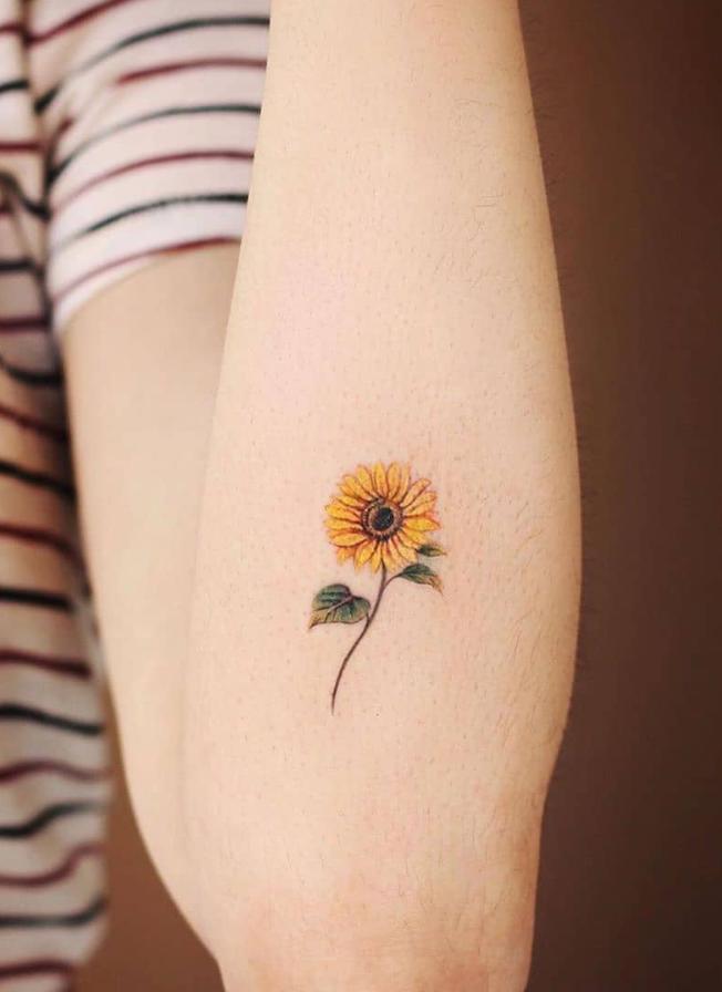 Small Sunflower Tattoo: 100+ Pretty Tiny Tattoo Design For Woman