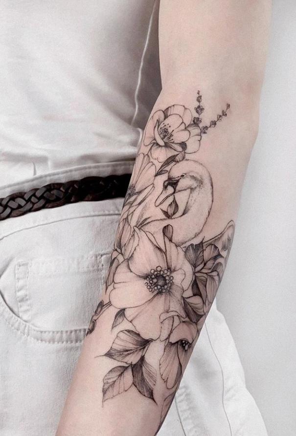 43 Beautiful Penoy Flower Tattoo Design Ideas For Fashion Woman