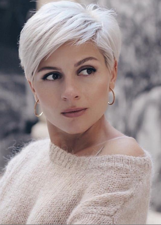 38 Chic Short Messy Haircut Ideas For Woman 2020 - Page 5 ...