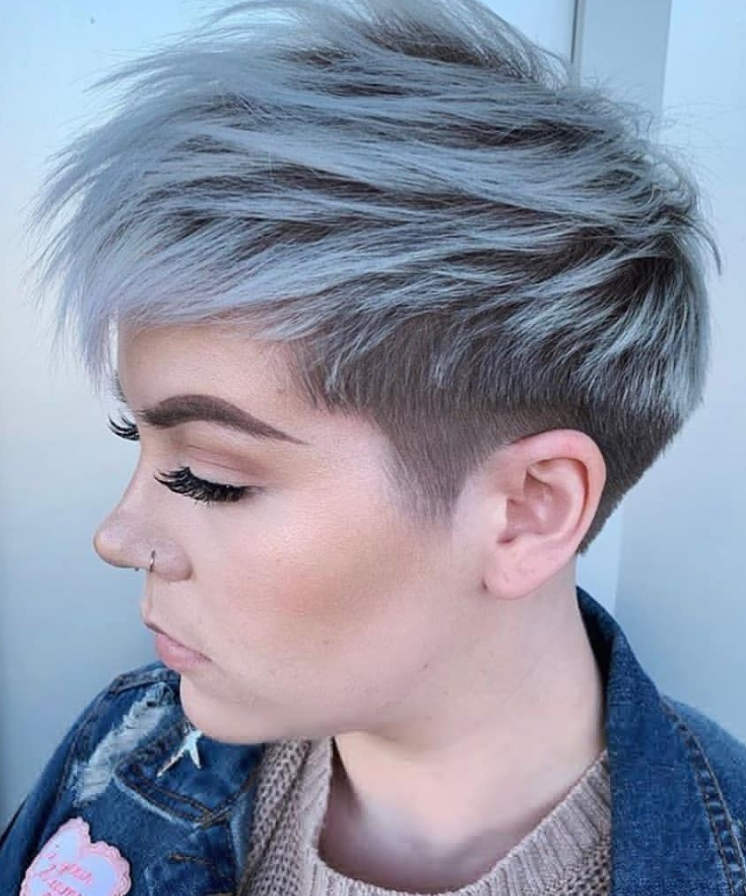 38 Chic Short Messy Haircut Ideas For Woman 2020