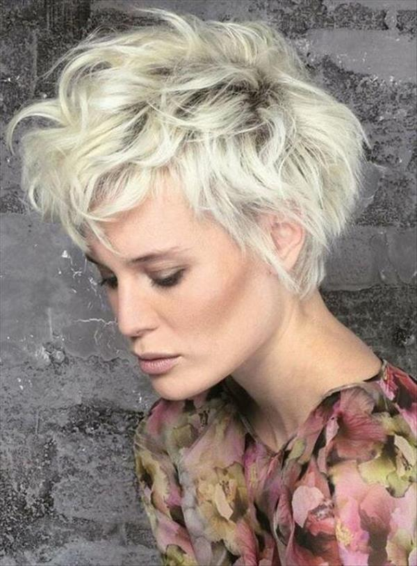 The fashion short pixie hair and how to protect your hair